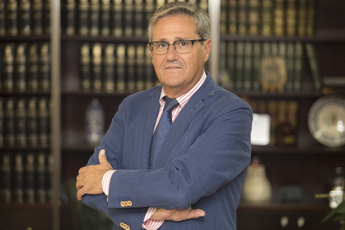 Dra. D. Francisco Fornés Ubeda