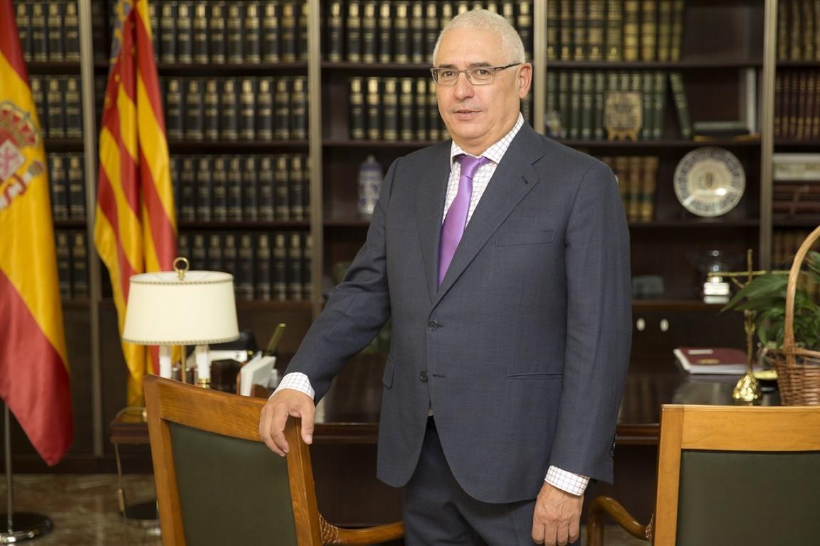 Dr. D.Jesús Gil Pinilla