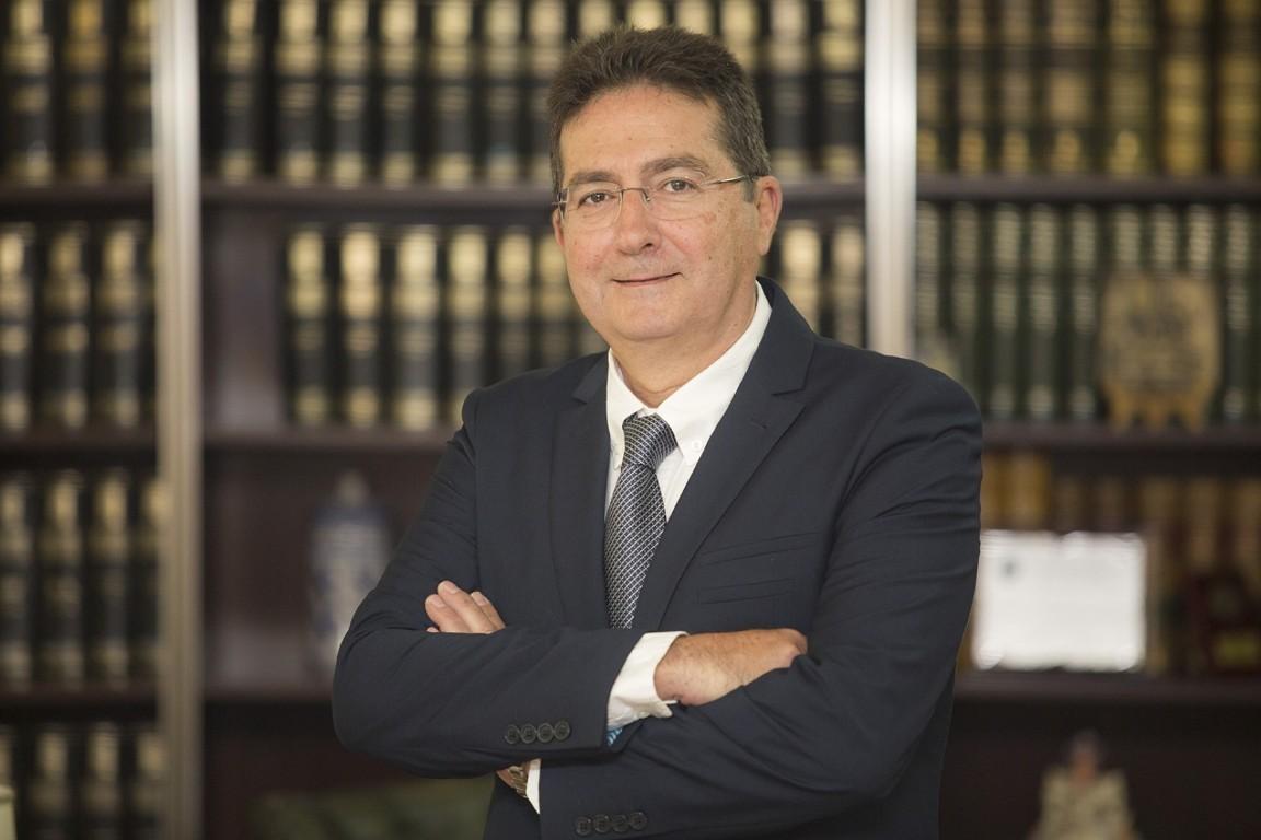 Dr. D. Rafael Romero Doñate