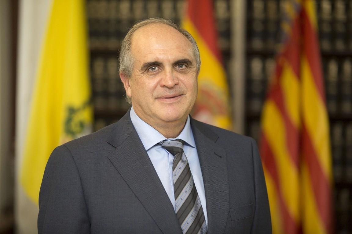 Dr. D. Salvador Morell Cabedo
