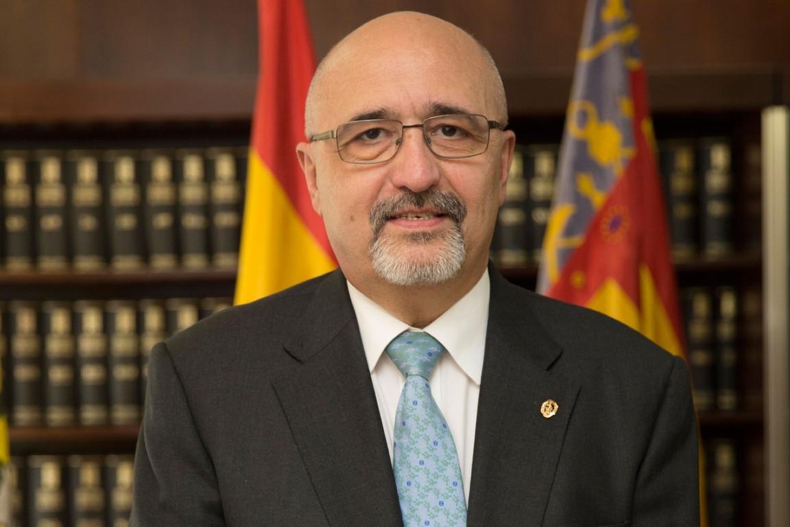 Dr. D. José Antonio Monrabal Sanz